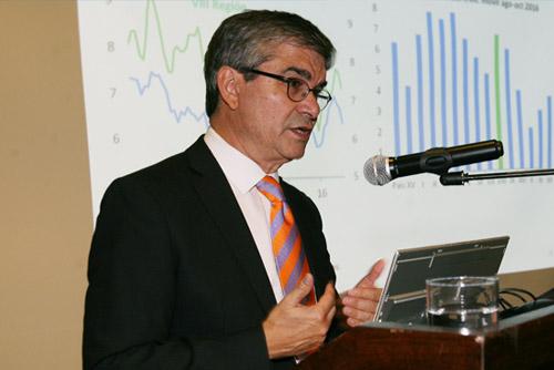 Mario Marcel presenta Ipom Diciembre en Concepción