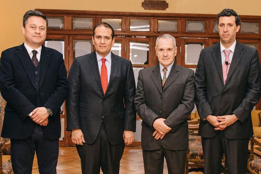 Alvaro Ortiz, Rodrigo Díaz, Ricardo Gouët y Roberto Darrigrandi.