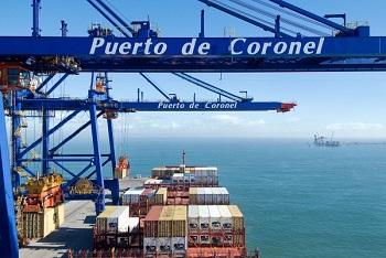 Puerto Coronel suma sus primeras grúas eléctricas